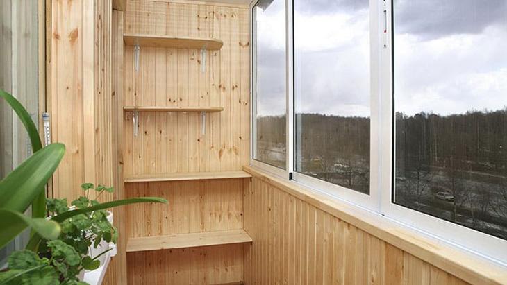 shkaf-na-balkon