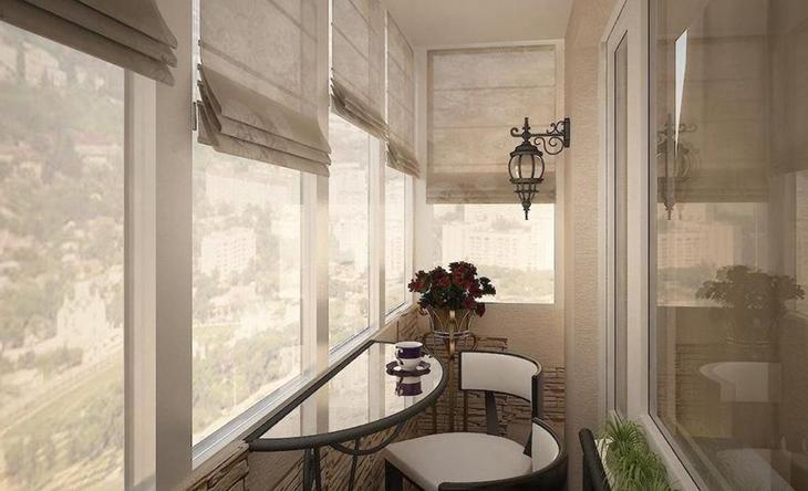 stolovaya-na-balkone