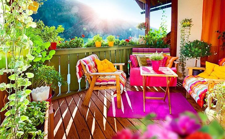 oranzhereya-na-balkone